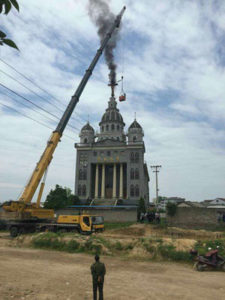 Removing crosses from churches in Zhejiang Photo: Courtesy of China Aid